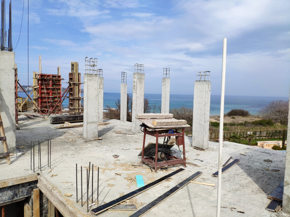 THE CONSTRUCTION OF SVATOJI JOHN 2 COMPLEX ON THE 1ST LINE OF SEA IN SOZOPOL CONTINUES 2