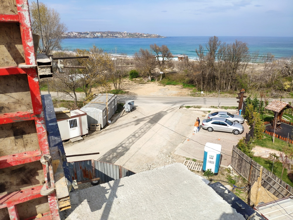 THE CONSTRUCTION OF SVATOJI JOHN 2 COMPLEX ON THE 1ST LINE OF SEA IN SOZOPOL CONTINUES 3